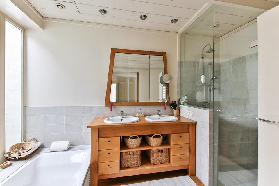 Salle de bain et électricité : comment procéder