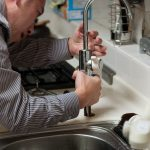Comment reconnaître un bon plombier?