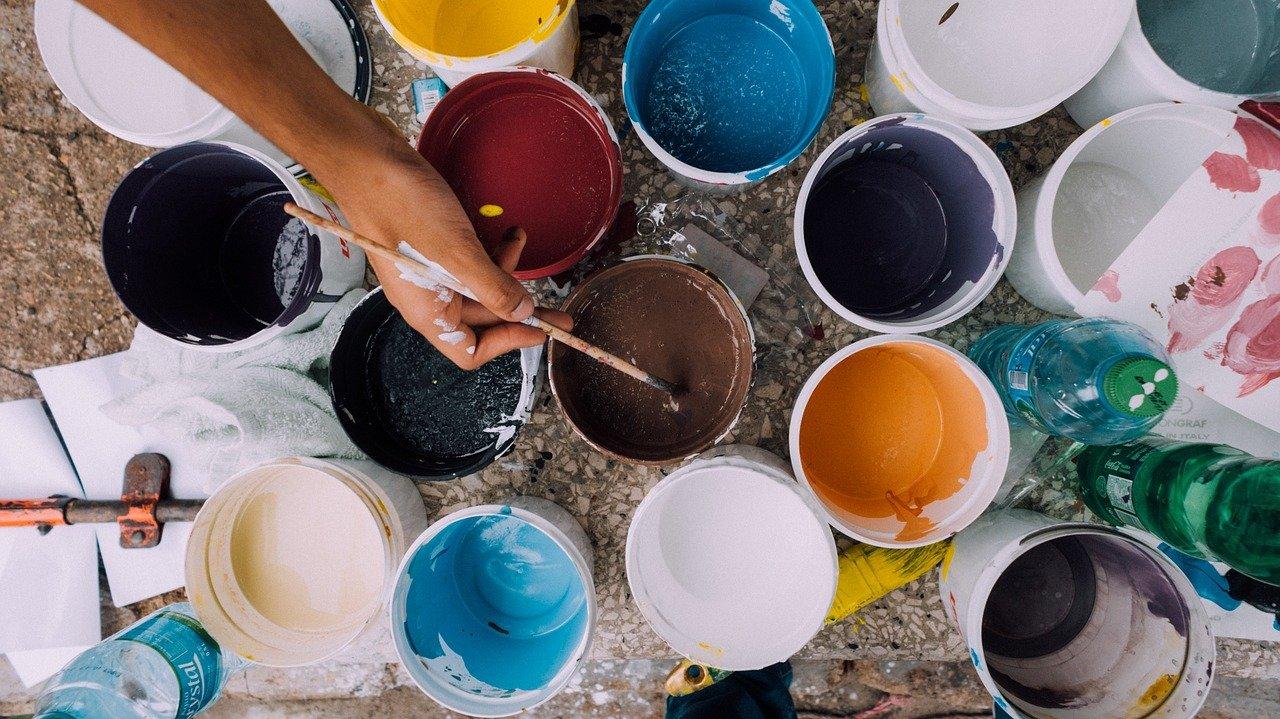 façon pour nettoyer les outils et pinceaux de peinture