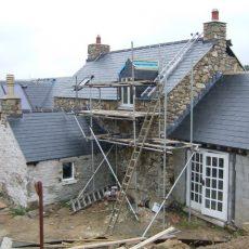 Réfection de votre toiture : miser sur les compétences d'une entreprise de couverture